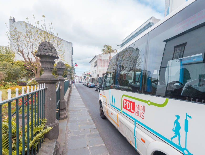 Öffentliche Verkehrsmittel Azoren