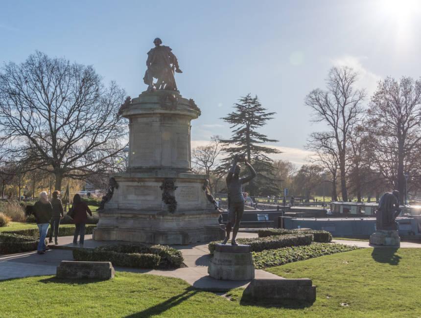 Gower Memorial Stratford Upon Avon