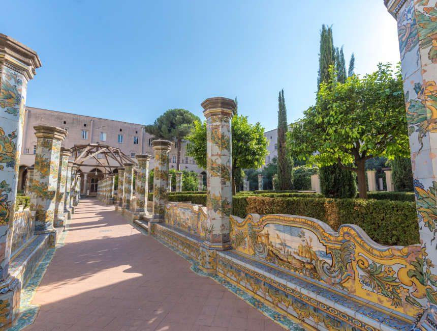 Neapel Sehenswürdigkeiten Basilika Santa Chiara