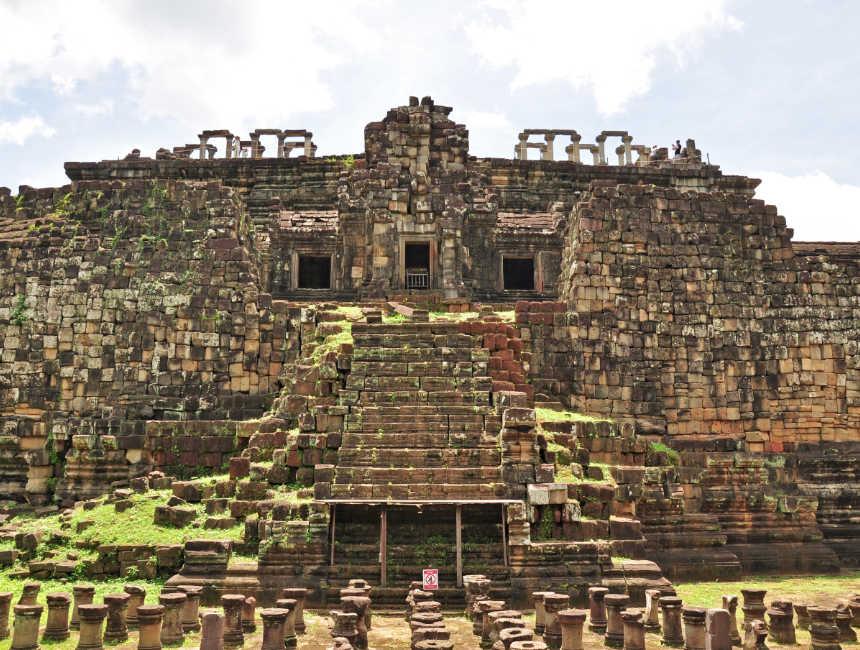 Baphuon Tempel