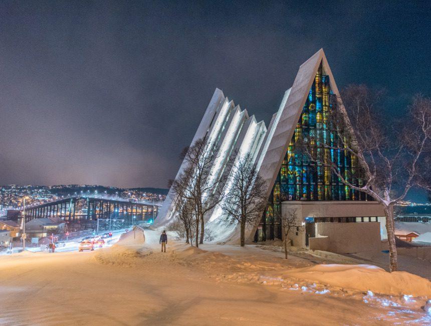 arktische Kathedrale sehenswuerdigkeiten tromso