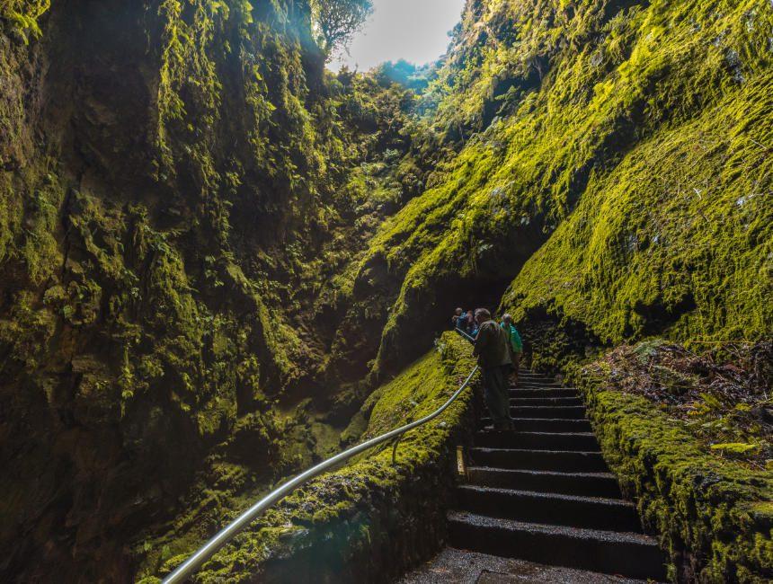 Algar do Carvao Terceira Sehenswuerdigkeiten Azoren